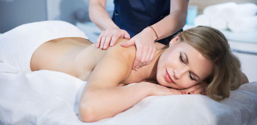 full-body-massage-delhi-gurgaon-min